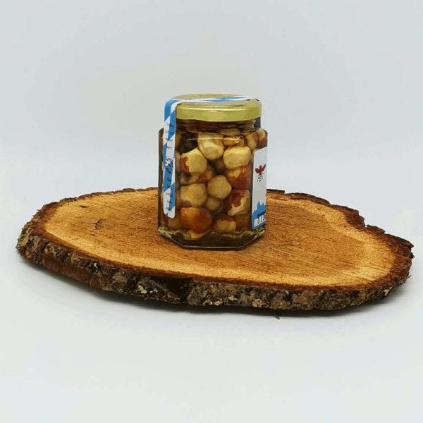 Honigge Nuss Haselnuss Seitenansicht